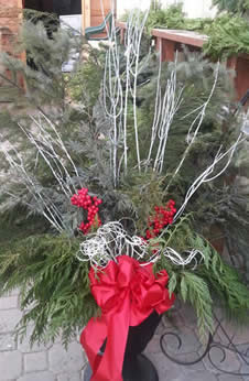 christmas containers, christmas crafts, craft class, christmas craft class, christmas urns, fresh christmas urns,jensen nursery