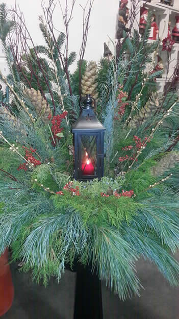 outdoor christmas containers, jensen nursery, custom outdoor containers, craft classes, christmas shop
